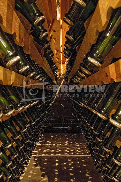 Espumantes na vinícula Adolfo Lona. FOTO: Marcos Nagelstein/Preview.com