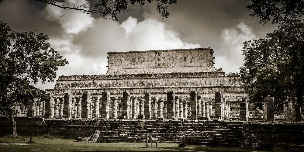 The Temple of the Warriors (Templo de los Guerreros) at the Chichen Itza world heritage site, Yucatan, Mexico