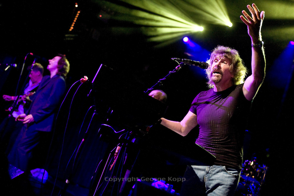 The Zombies at Irving Plaza, NYC 7/11/08 featuring original members Colin Blunstone (vocals) & Rod Argent (keyboards & vocals).