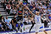 DESCRIZIONE : Campionato 2014/15 Serie A Beko Dinamo Banco di Sardegna Sassari - Upea Capo D'Orlando<br /> GIOCATORE : Sek Henry<br /> CATEGORIA : Tiro Tre Punti Three Point<br /> SQUADRA : Upea Capo D'Orlando<br /> EVENTO : LegaBasket Serie A Beko 2014/2015<br /> GARA : Dinamo Banco di Sardegna Sassari - Upea Capo D'Orlando<br /> DATA : 22/03/2015<br /> SPORT : Pallacanestro <br /> AUTORE : Agenzia Ciamillo-Castoria/L.Canu<br /> Galleria : LegaBasket Serie A Beko 2014/2015