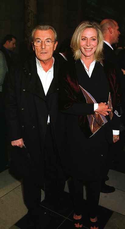 Photographer MR TERRY O'NEILL and MISS LORAINE ASHTON, at an award ceremony in London on 9th December 1999.MZX 47