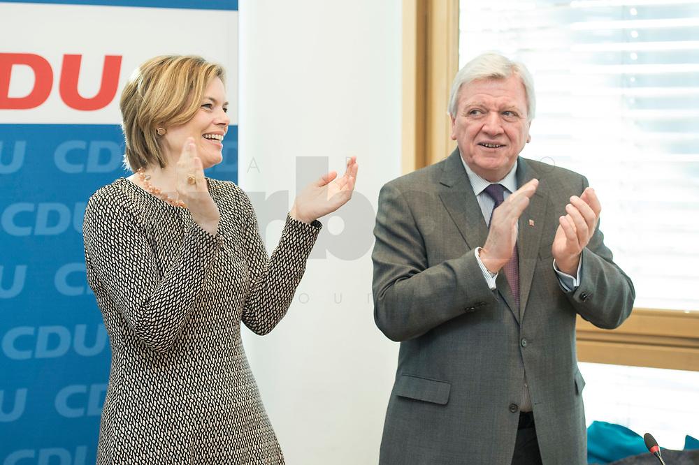 27 MAR 2016, BERLIN/GERMANY:<br /> Julia Kloeckner (L), CDU Landesvorsitzender Rheinland-Pfalz, und Volker Bouvier (R), CDU, Ministerpraesident Hessen, applaudieren vor Beginn einer Sitzung des Bundesvorstandes nach der Landtagswahl im Saarland, Konrad-Adenauerhaus<br /> IMAGE: 20170327-01-003<br /> KEYWORDS: Julia Klöckner, Jubel, klatschen klatscht