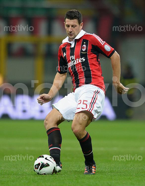 FUSSBALL INTERNATIONAL   SERIE A   SAISON 2012/2013    AC Mailand - Atalanta  15.09.2012 Daniele Bonera (AC Mailand)