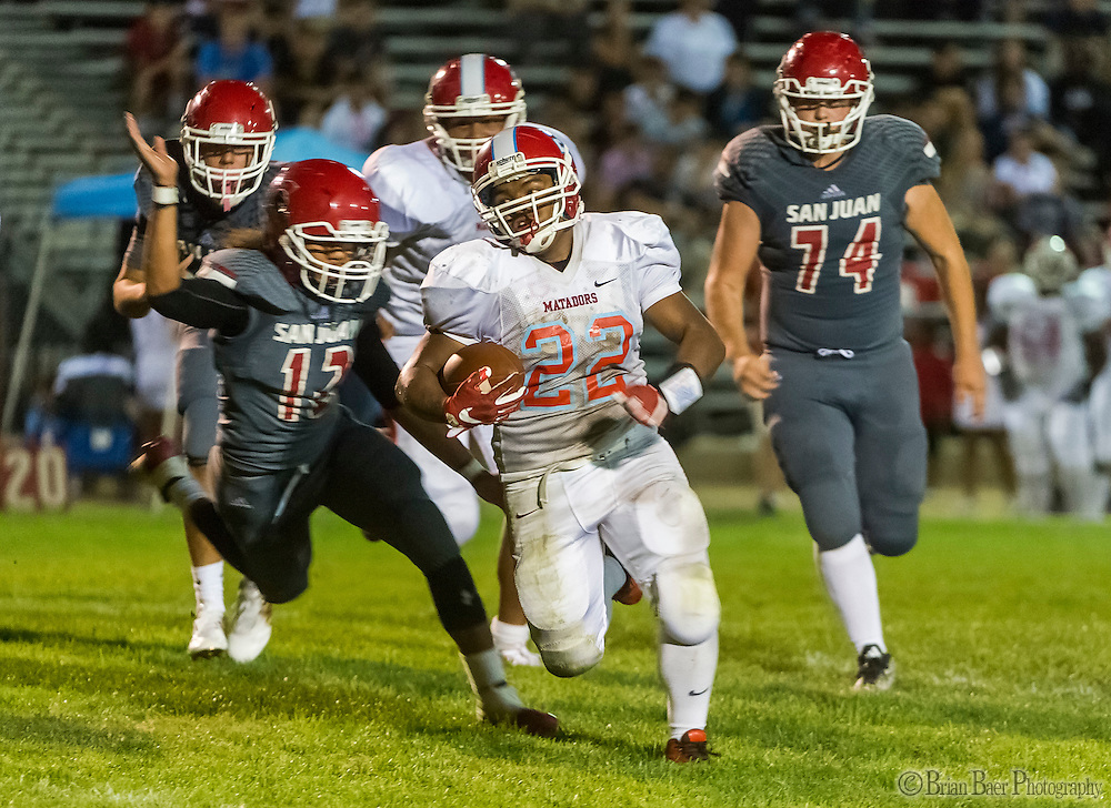 San Juan Spartans Kailen Shaw (22), runs for a touchdown making the score 28-0 after the point after attempt was good during the second quarter as the San Juan Spartans host the Mira Loma Matadors, Friday Sept 16, 2016.<br /> photo by Brian Baer