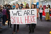 DEUTSCHLAND - BONN - Protest der indigenen Bevölkerung gegen den Kohleabbau, auf der Klimakonferenz COP 23 Fiji in Bonn - 13. November 2017 © Raphael Hünerfauth - http://huenerfauth.ch