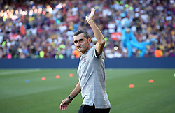 August 15, 2018 - Barcelona, Spain - Ernesto Valverde during the presentation of the team 2018-19 before the match between FC Barcelona and C.A. Boca Juniors, corresponding to the Joan Gamper trophy, played at the Camp Nou, on 15th August, 2018, in Barcelona, Spain. (Credit Image: © Joan Valls/NurPhoto via ZUMA Press)