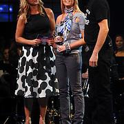 NLD/Weesp/20070311 - 1e Live uitzending Just the Two of Us, deelnemers, Monique Smit en Xander de Buisonje, Linda de Mol