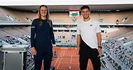 Nadia Podoroska and Diego Schwartzman of Argentina pose for a photo at the Roland Garros 2020, Grand Slam tennis tournament, on October 7, 2020 at Roland Garros stadium in Paris, France - Photo Rob Prange / Spain ProSportsImages / DPPI / ProSportsImages / DPPI