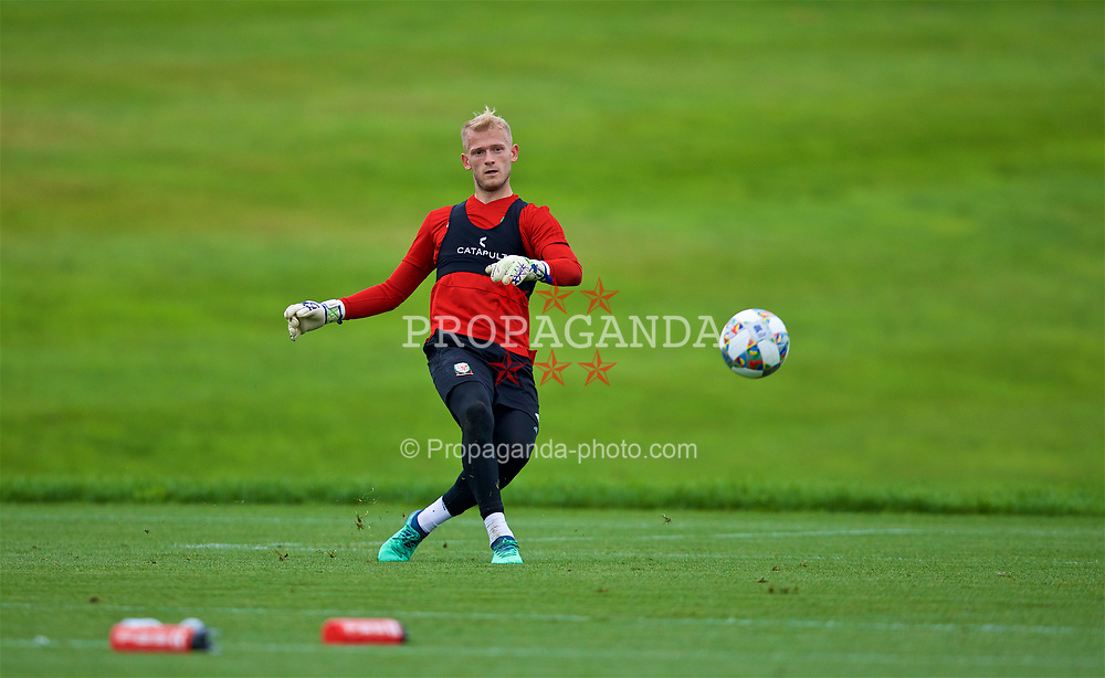 CARDIFF, WALES - Tuesday, September 4, 2018: Wales' goalkeeper Adam Davies during a training session at the Vale Resort ahead of the UEFA Nations League Group Stage League B Group 4 match between Wales and Republic of Ireland. (Pic by David Rawcliffe/Propaganda)