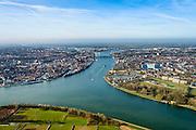 Nederland, Zuid-Holland, Dordrecht, 01-04-2016; Dordrecht als kruispunt van rivieren, samenvloeien van rivier de Noord (rechtsonder) en Beneden-Merwede (linksonder), gaan verder als Oude Maas. Na Dordrecht splits de Dordtse Kil zich van de Oude Maas af, naar links om uit te monden in het Hollandsch Diep (links aan de verre horizon).<br /> Confluence of rivers near Dordrecht, Rhine estuary.<br /> <br /> luchtfoto (toeslag op standard tarieven);<br /> aerial photo (additional fee required);<br /> copyright foto/photo Siebe Swart