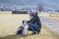 THEMENBILD - eine Frau mit ihrem Hund beim Gassi gehen, aufgenommen am 17. Novemeber 2020 in Kaprun, Österreich // a woman walking her dog, Kaprun, Austria on 2020/11/17. EXPA Pictures © 2020, PhotoCredit: EXPA/ JFK