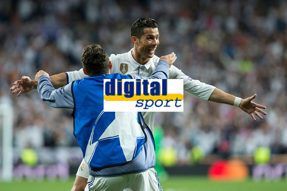 Cristiano Ronaldo of Real Madrid celebrates after scoring a goal during the match of Champions League between Real Madrid and FC Bayern Munchen at Santiago Bernabeu Stadium  in Madrid, Spain. April 18, 2017. (ALTERPHOTOS)