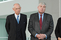"""16 OCT 2006, BERLIN/GERMANY:<br /> Ludwig Georg Braun (L), Praesident Deutscher Industrie- und Handelskammertag, DIHK, und Michael Sommer (R), Vorsitzender Deutscher Gewerkschaftsbund, DGB, waehrend einer Pressekonferenz nach dem Spitzengespraech """"Familie und Wirtschaft"""" der Bundeskanzlerin mit der Impulsgruppe der """"Allianz für die Familie"""", Bundeskanzleramt<br /> IMAGE: 20061016-01-016<br /> KEYWORDS: Spitzengespräch"""