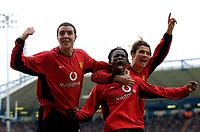 Fotball<br /> Foto: Richard Lane, Digitalsport<br /> Norway Only<br /> <br /> Birmingham City v Manchester United. FA Barclaycard Premiership. 10/04/2004.<br /> Louis Saha celebrates his goal with John O'Shea and Ronaldo.