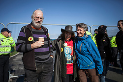 © Licensed to London News Pictures. 29/09/2017. Lancashire, UK.  A Labour Party supporter protests against fracking outside Cuadrillas Hydraulic Fracturing site on Preston New Road, Lancashire. Over 100 protesters from all over the UK joined the on going anti-fracking protest on Preston New Road in Lancashire ahead of the Conservative Party Conference in Manchester. Photo credit: Steven Speed/LNP