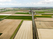 Nederland, Noord-Holland, Gemeente Anna Paulowna, 16-04-2012; Noord Zijperweg. Polder Wieringerwaard gezien naar Wieringerwaard, Amstelmeer aan de horizon..Polder in Noord-Holland, bottom of the sea...luchtfoto (toeslag), aerial photo (additional fee required);.copyright foto/photo Siebe Swa