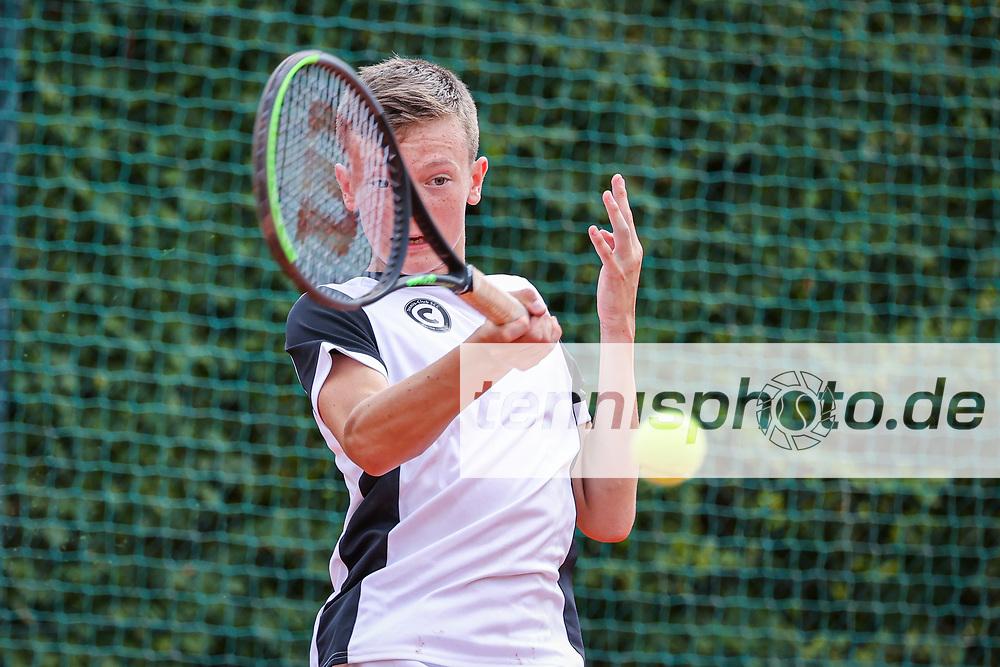 Buchwald, Jan Niklas (Tennis-Club SCC Berlin), <br /> <br /> Blau-Weiss Young Generation Trophy 2021, Berlin, TC 1899 Blau-Weiss, 07.08.2021, <br /> <br /> Foto: Claudio Gärtner