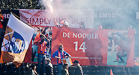 AMSTELVEEN - Bloemigans supporters  tijdens de EHL wedstrijd hockey tussen de mannen van Bloemendaal en Beeston (Eng.). Foto Koen Suyk