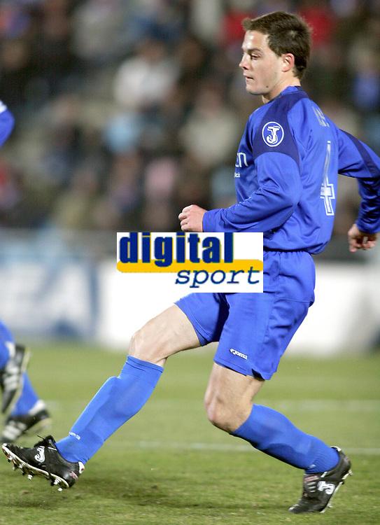 Victoriano Rivas NANO, Spanish Football player and Getafe defender, in action. Getafe - Deportivo de A Coruña / League 2004-05. Alfonso Perez Coliseum, Getafe. 02-03-2005<br /> Norway only