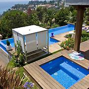 Modern Pool 646