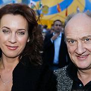 NLD/Amsterdam/20101007 - Europesche premiere Cirque du Soleil Totem, Henk Poort, partner Marjolein Keuning en kinderen Lana Sophia en Suze