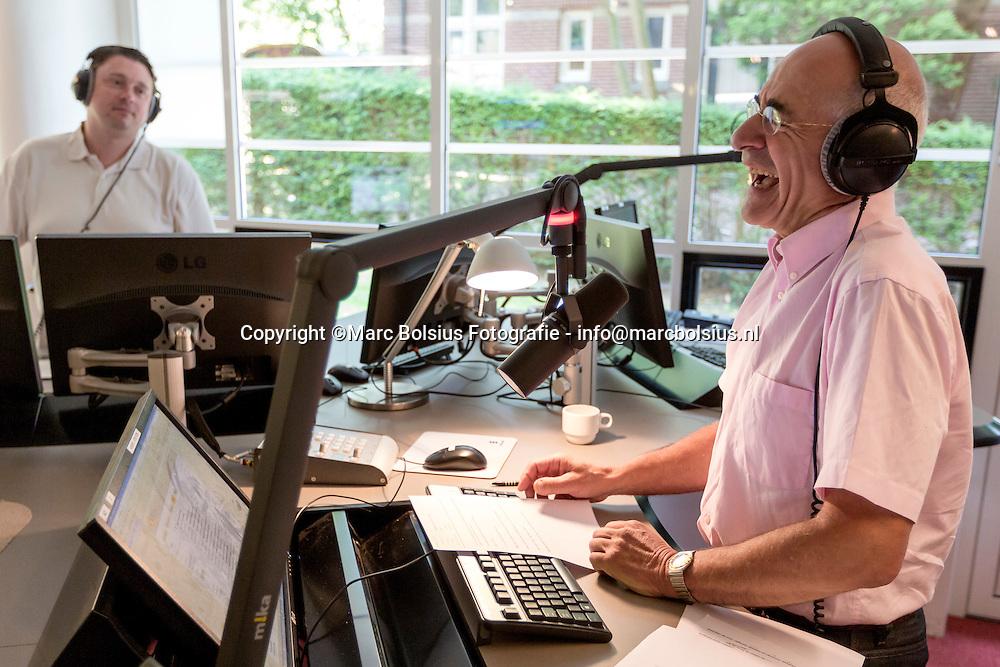 Nederland,  Hilversum,Frits Spits presenteert sinds 1995 Tijd voor Twee op Radio 2. Sinds september 2006 heeft hij nóg een programma op deze zender: