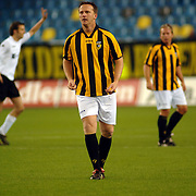 NLD/Arnhem/20051211 - Voetbal, RTL artiestenelftal - Oud Vitesse, John van der Brom