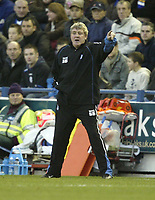 Photo: Aidan Ellis.<br /> Sheffield Wednesday v Birmingham City. Coca Cola Championship. 16/12/2006.<br /> Birmingham manager Steve Bruce gets out instructions to his team
