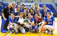ROTTERDAM - Kampong na het behalen van het Kampioenschap na  de  finale zaalhockey om het Nederlands kampioenschap tussen de  mannen van Amsterdam en Kampong. Kampong wint met 3-2. ANP KOEN SUYK