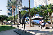 Israel, Tel Aviv, Rothschild Boulevard, Dizengoff Riding His Mare sculpture by David Zundelovitch. Meir Dizengoff was the first mayor of Tel Aviv (from 1911 until his death in 1936)