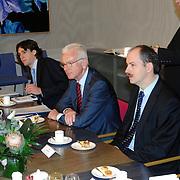 NLD/Den Haag/20070412 - Visit of Mr. Hans-Gert Pöttering, president of the European parliament to The Hague, talking with Mrs.Gerti Verbeet, president of the House of Representatives of States Gerneral..NLD/Den Haag/20070412 - President Europees Parlement Hans-Gert Pöttering bezoekt Den Haag, ontmoeting met de voorzitter van de 2de Kamer, Mw. Gerdi Verbeet.  ** foto + verplichte naamsvermelding Brunopress/Edwin Janssen  **
