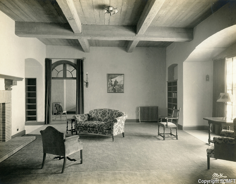 1926 Library at the Hollywood Studio Club on Lodi Pl.
