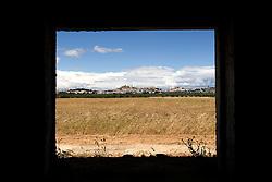 La MassariaSalinelle ubicata nell'omonima contrada, è considera una delle più grandi della campagna oritana, ormai abbandonata da tempo.