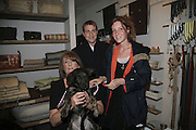 LADY ANNABEL GOLDSMITH,  ' MAGGIE'   BEN GOLDSMITH AND KATE GOLDSMITH, ' Copper: A Dog's Life' Lady Annabel Goldsmith book signing. Mungo and Maud, Elizabeth St. London. 20 February 2007.   -DO NOT ARCHIVE-© Copyright Photograph by Dafydd Jones. 248 Clapham Rd. London SW9 0PZ. Tel 0207 820 0771. www.dafjones.com.