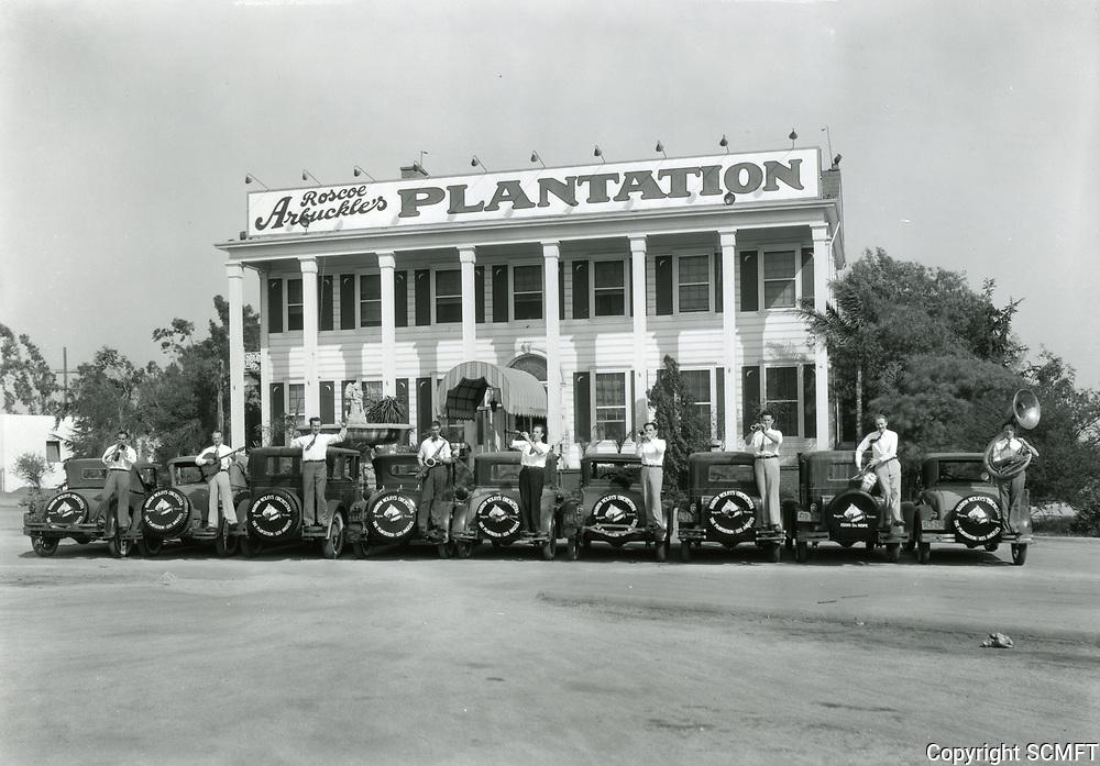 1929 Plantation Cafe on Washington Blvd.