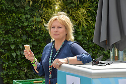 JENNIFER SAUNDERS at the 2014 RHS Chelsea Flower Show held at the Royal Hospital Chelsea, London on 19th May 2014.