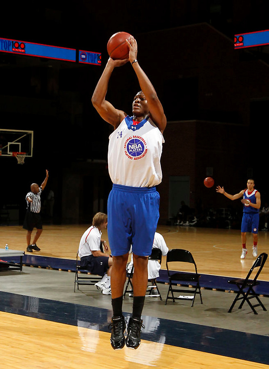 Andrew White plays during a basketball recruiting camp. Photo/Andrew Shurtleff