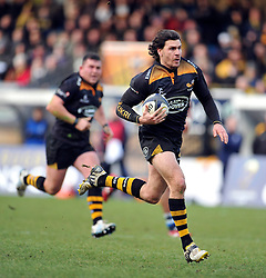 Ben Jacobs of Wasps runs in a try - Photo mandatory by-line: Patrick Khachfe/JMP - Mobile: 07966 386802 14/12/2014 - SPORT - RUGBY UNION - High Wycombe - Adams Park - Wasps v Castres Olympique - European Rugby Champions Cup