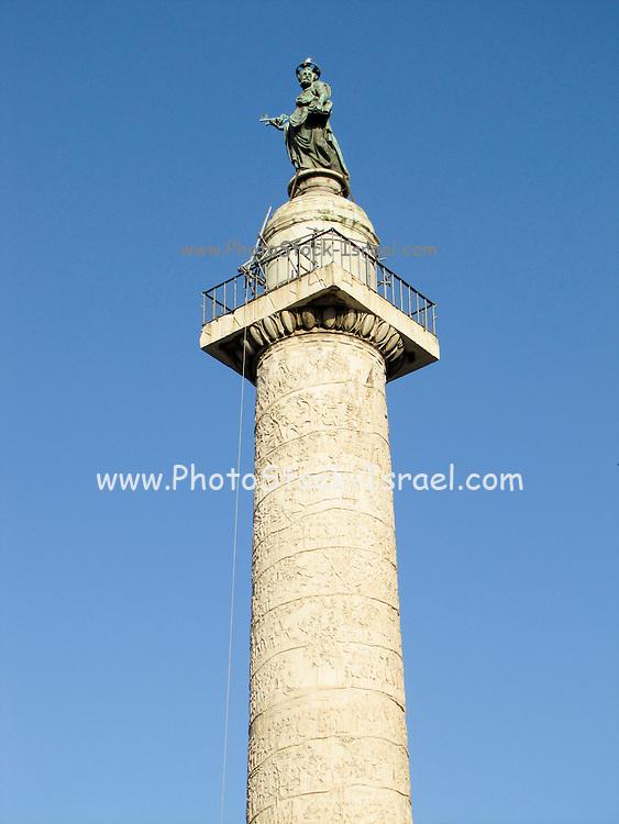 Italy, Rome, Colonna Traiana (Trajan's Column) Monumento a Vittorio Emanuele II in the background