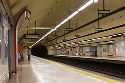 THEMENBILD - U-Bahnstation. Die Stadt Madrid ist eine der größten Metropolen in Europa. Sie liegt im Zentrum der iberischen Halbinsel und ist Hauptstadt von Spanien. Aufgenommen am 25.03.2016 in Madrid ist Spanien // Madrid is on of the biggest metropolis in Europe. It is located in the center of the Iberian Peninsula and is the capital of Spain. Spain on 2016/03/25. EXPA Pictures © 2016, PhotoCredit: EXPA/ Jakob Gruber