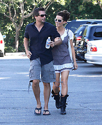 Photo by: DCRF/starmaxinc.com<br /> ©2010<br /> <br /> 9/26/10<br /> Kate Beckinsale and Len Wiseman out and about.<br /> (CA)