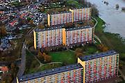 Nederland, Limburg, Venlo, 15-11-2010; Blerick, Smelienkamp, oranje- en geelgekleurde flats langs de Molenbossen in de wijk Blerick van Venlo.  .Orange, red and yellow flats the district Blerick of Venlo..luchtfoto (toeslag), aerial photo (additional fee required).foto/photo Siebe Swart