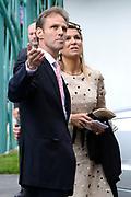 Staatsbezoek van Koning Willem Alexander Koningin Máxima aan de Republiek Polen.<br /> <br /> State visit of King Willem Alexander Queen Máxima of the Republic of Poland.<br /> <br /> Op de foto / On the photo: <br /> <br />  Koning Willem-Alexander, koningin Maxima komen aan bij de Nederlandse Ambassade voor Ontvangst Nederlandse Gemeenschap<br /> <br /> King Willem Alexander and Queen Maxima arrive at the Dutch Ambasse for a meeting with the Dutch Society