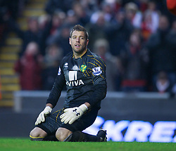 19.01.2013, Anfield, Liverpool, ENG, Premier League, FC Liverpool vs Norwich City, 23. Runde, im Bild Norwich City's goalkeeper Mark Bunn looks dejected after an own goal to hand Liverpool their fifth goal during the English Premier League 23th round match between Liverpool FC and Norwich City FC at Anfield, Liverpool, Great Britain on 2013/01/19. EXPA Pictures © 2013, PhotoCredit: EXPA/ Propagandaphoto/ David Rawcliffe..***** ATTENTION - OUT OF ENG, GBR, UK *****