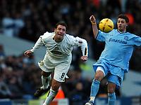 Fotball<br /> Championship England 2004/05<br /> Leeds United v Queens Park Rangers<br /> 20. november 2004<br /> Foto: Digitalsport<br /> NORWAY ONLY<br /> SEAN GREGAN LEEDS & JAMIE CURETON
