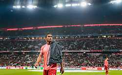 04.11.2015, Allianz Arena, Muenchen, GER, UEFA CL, FC Bayern Muenchen vs FC Arsenal, Gruppe F, im Bild Douglas Costa (FC Bayern) // during the UEFA Champions League group F match between FC Bayern Munich and FC Arsenal at the Allianz Arena in Munich, Germany on 2015/11/04. EXPA Pictures © 2015, PhotoCredit: EXPA/ JFK