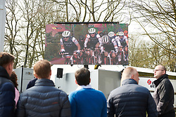 Fans watch the race at the top of Kemmelberg at Gent Wevelgem - Elite Women 2019, a 136.9 km road race from Ieper to Wevelgem, Belgium on March 31, 2019. Photo by Sean Robinson/velofocus.com