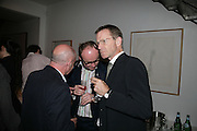 Brian Boylan, Thomas Demand and Nicholas Serota, Party hosted by Sir Richard and Lady Ruth Rogers at their house in Chelsea  to celebrate the extraordinary achievement of completing this year's Pavilion  by Olafur Eliasson and Kjetil Thorsenat at the Serpentine.  13 September 2007. -DO NOT ARCHIVE-© Copyright Photograph by Dafydd Jones. 248 Clapham Rd. London SW9 0PZ. Tel 0207 820 0771. www.dafjones.com.