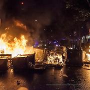 Disturbios producidos en el barrio de Sants tras el desalojo y derribo parcial del Centro Social Autogestionado Can Vies. Barcelona.