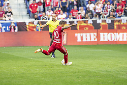 September 30, 2018 - Harrison, New Jersey, United States - Alejandro Romero Gamarra Kaku (10) of New York Red Bulls performs penalty kick regular MLS game against Atlanta United at Red Bull Arena Red Bulls won 2 - 0 (Credit Image: © Lev Radin/Pacific Press via ZUMA Wire)